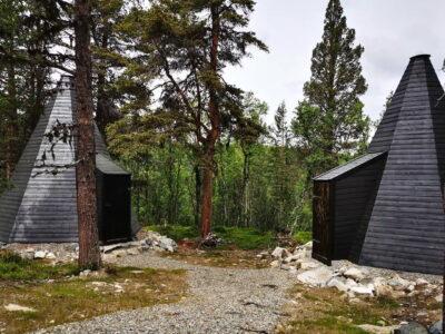 Summer in Norway accommodation in lavvo overnatting i lavvo