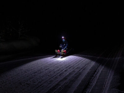 Evening sledding with headlamps in Dagali Fjellpark every Saturday from 17:00 to 19:00