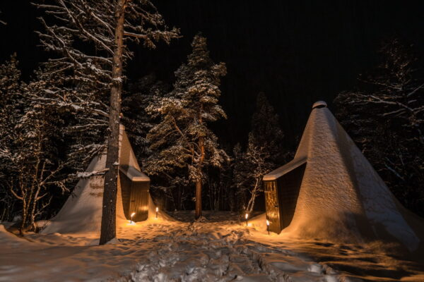 accommodation in norway in lavvo