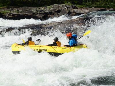 Extreme rafting Norway